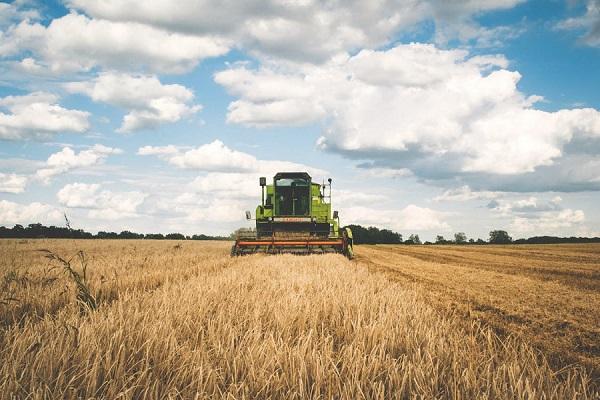 pre-start checks combine harvester